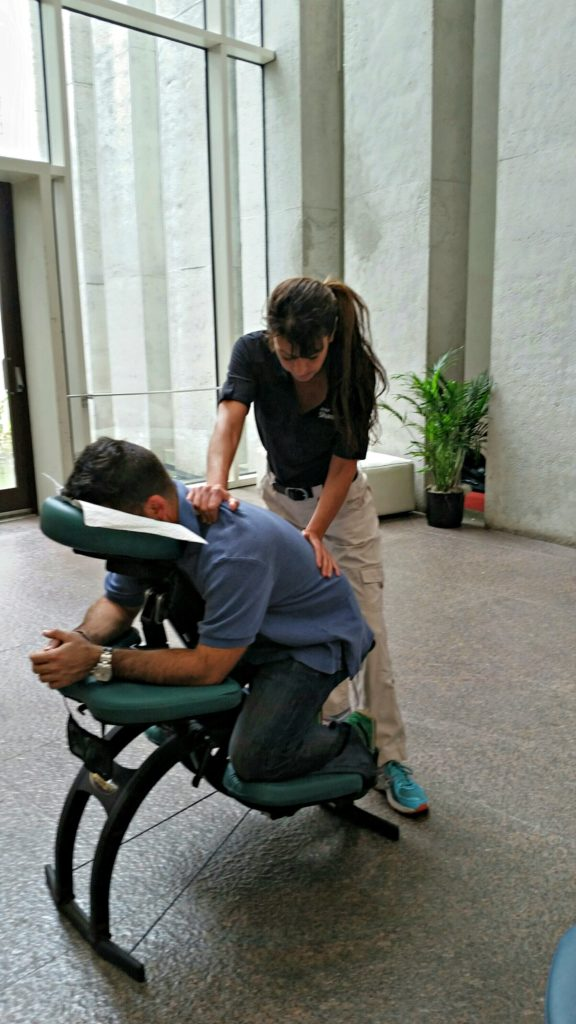 chair-massage-atlanta-ga